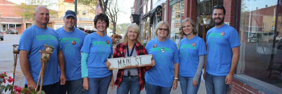 Community Clean up With the Main Street Iowa Team on Thursday October 8th, what a great show of community support approximately 75 volunteers showed up to help!